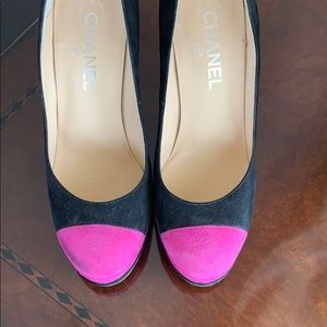 Chanel black and Fuchsia shoes